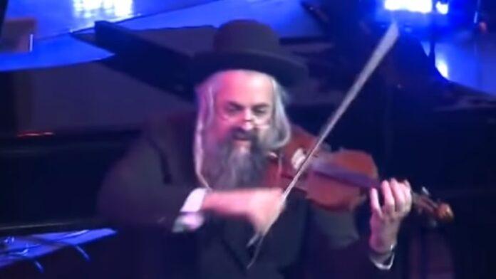 Violinista judío Irlandés - Daniel Ahaviel