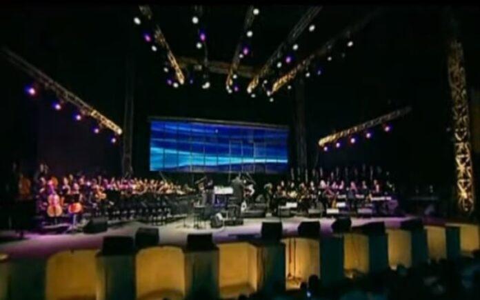 Yaakov Shwekey en concierto Cesárea 2014