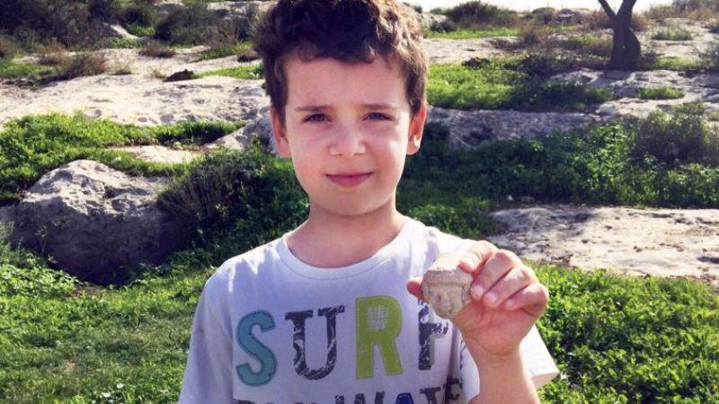 Un chico de ocho años descubrió una estatuilla de la época del Primer Templo