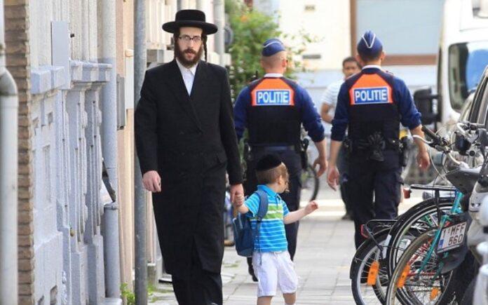 Cierran colegios e instituciones judías tras los ataques terroristas en Bélgica