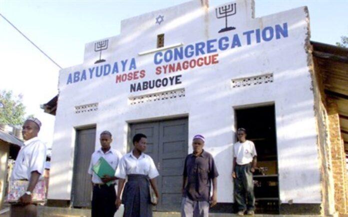 Los judíos de Uganda obtienen reconocimiento oficial para hacer aliá a Israel