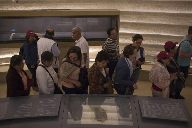 El enigmático rollo del mar Muerto es un espectáculo raro en Jerusalén