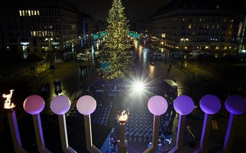 """El presidente alemán dice que la comunidad judía es """"un regalo"""" 1"""