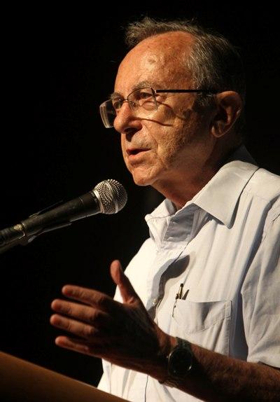 El difunto Moshe Arens, el producto de una 'generación orgullosa'