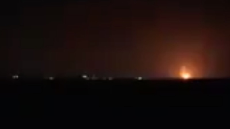 Israel ataca los puestos de Hamas en Gaza después de un ataque con globos explosivos