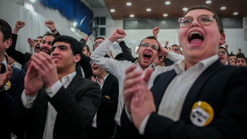 2 partidos ultraortodoxos dicen que están con Netanyahu, facilitando su camino a la reelección
