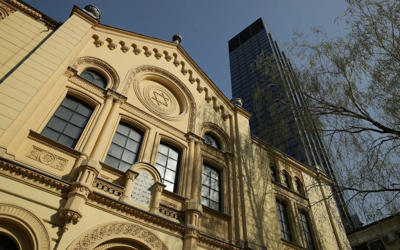 Notre-Dame será reconstruida, pero la mayoría de los sitios judíos europeos nunca lo serán 2