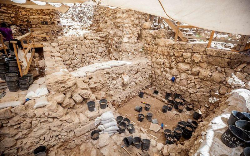 Primer sello del período del templo descubierto