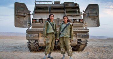 mujer soldado