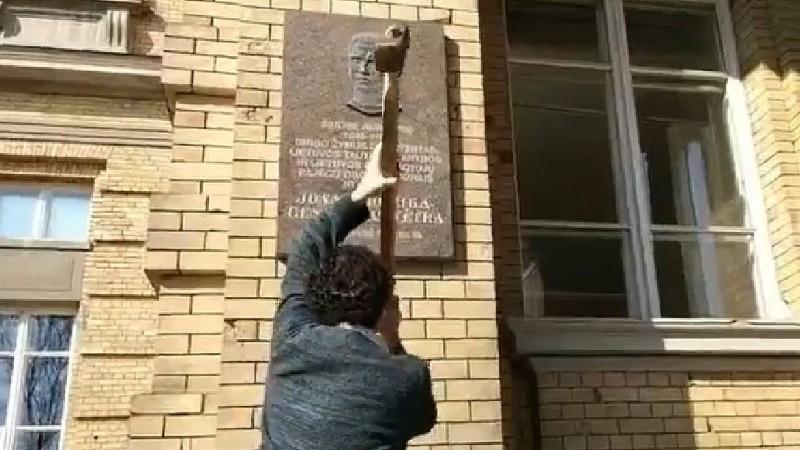 Los judíos lituanos cierran indefinidamente el centro comunitario, la sinagoga solitaria después de las amenazas