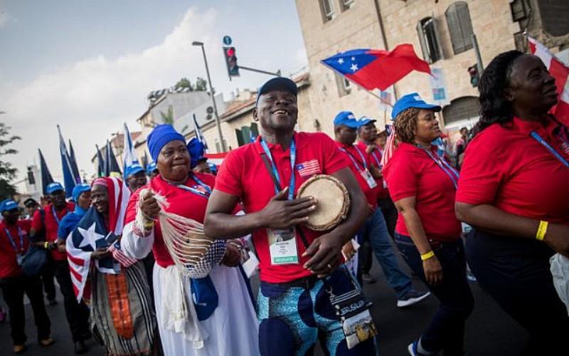 Miles de cristianos de todo el mundo marchan en Jerusalén