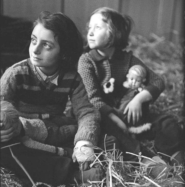 Huérfanos del Holocausto: Las notables historias de 300 niños sobrevivientes