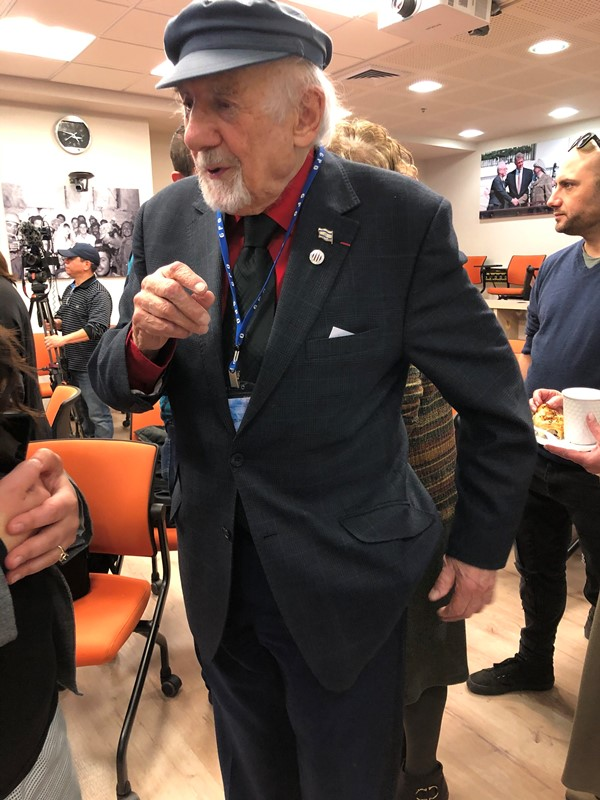 El periodista más antiguo del mundo es agasajado en Jerusalén
