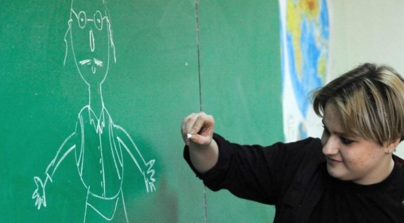 En Moldavia, los adolescentes judíos van a las escuelas para disipar los estereotipos antisemitas