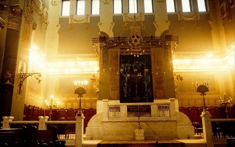 Biblia hebrea perdida de hace 1000 años encontrada en el polvoriento estante de la sinagoga de El Cairo