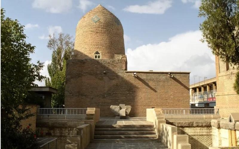 Cómo la comunidad judía de Irán compró la tumba de Ester y Mardoqueo