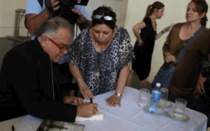 Armando L. Correa dona al Centro Hebreo Sefardí de La Habana documentos del buque St. Louis