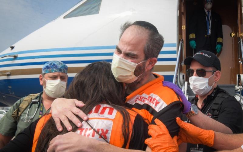 Cuando un salvador de vidas necesita ser salvado: la historia de Eli Beer