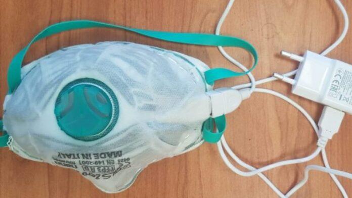 Científicos israelíes desarrollan una máscara facial autodesinfectante