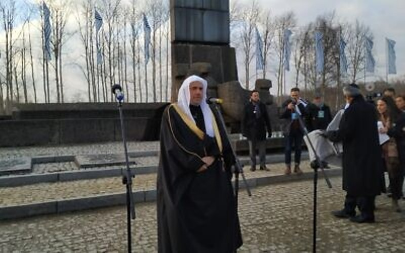"""Clérigo saudita dice que luchar contra el antisemitismo es """"una obligación religiosa y moral"""""""
