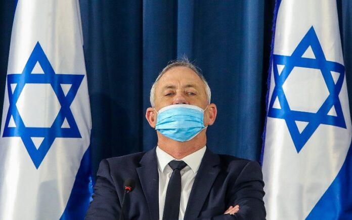 Gantz señala su apoyo a la anexión unilateral si los palestinos 'dicen no para siempre'