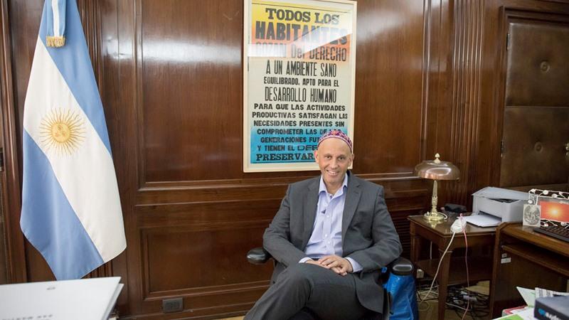 Activista, político, rabino: Sergio Bergman toma el timón de la judería progresiva