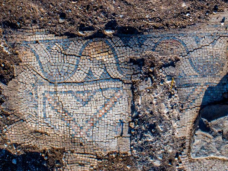 Arqueólogos israelíes desentierran una iglesia de 1.300 años de antigüedad cerca del Monte de la Transfiguración de Jesús