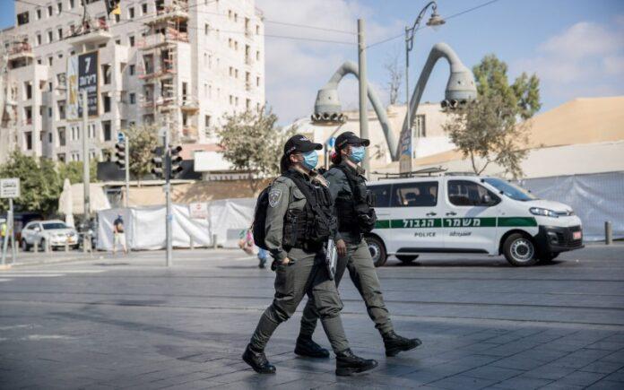 Israel entra en bloqueo total en medio de confusión por protestas y oraciones