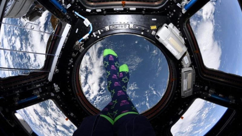 La astronauta judía Jessica Meir quiere ser la primera mujer en caminar en la luna
