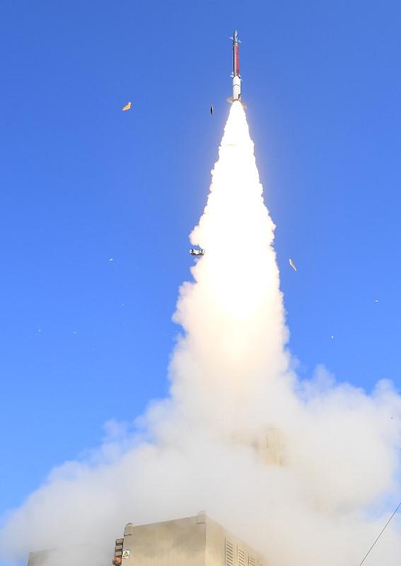 Israel realiza un importante ejercicio de defensa aérea, demostrando que puede derribar misiles de crucero