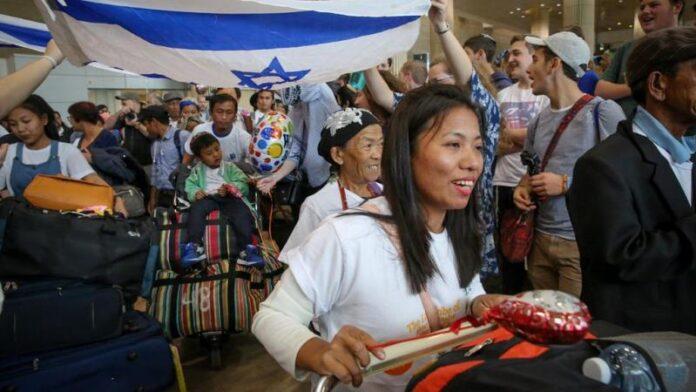 La tribu de judíos Bnei Menashe regresan a Israel desde la India después de 2.700 años