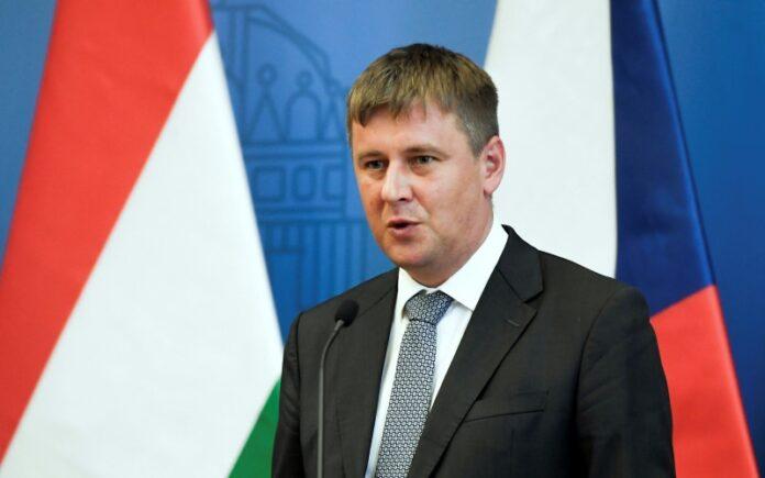 República Checa dice que abrirá oficina diplomática en Jerusalén