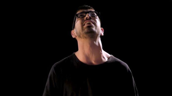 Un cantante israelí clama a Dios