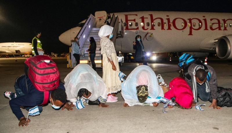 162 inmigrantes etíopes llegan a Israel con fondos de empresario chino
