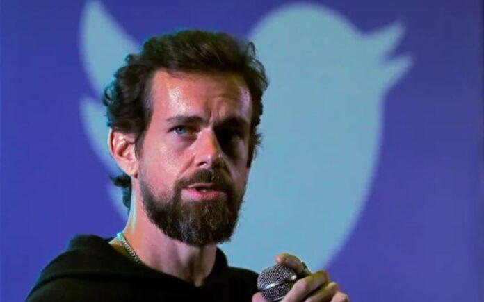 Activistas judíos protestan por negación del Holocausto en casa del CEO de Twitter