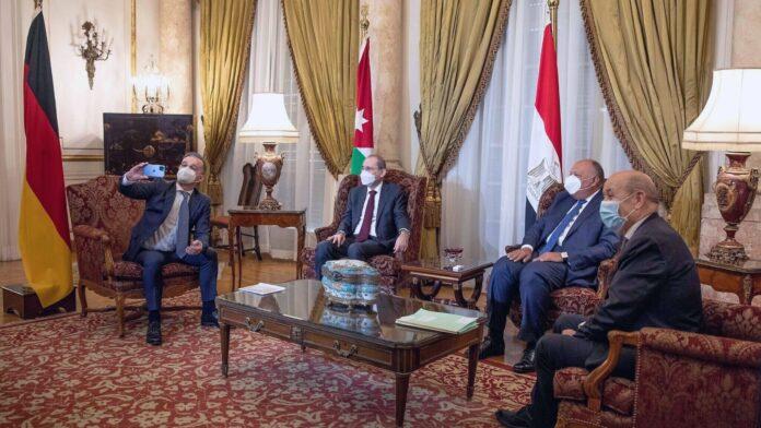 Egipto, Alemania, Francia y Jordania se reúnen para reactivar las conversaciones de paz entre israelíes y palestinos