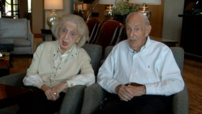 Pareja judía de Florida cumple 100 años juntos y celebra su 80 aniversario este año