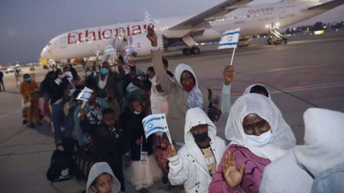 300 inmigrantes etíopes son los primeros en hacer Aliá a Israel este 2021