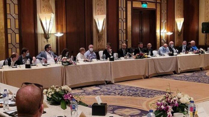 Funcionarios israelíes y egipcios celebran la mayor conferencia bilateral en 20 años