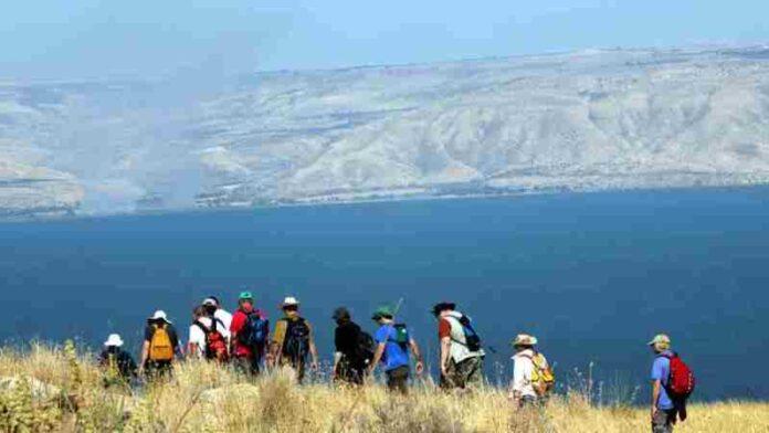 Los israelíes visitan los parques nacionales y reservas naturales el primer día de Pascua