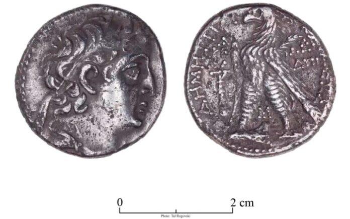 Moneda de la época del Segundo Monte del Templo encontrada durante la conservación de la Torre de David