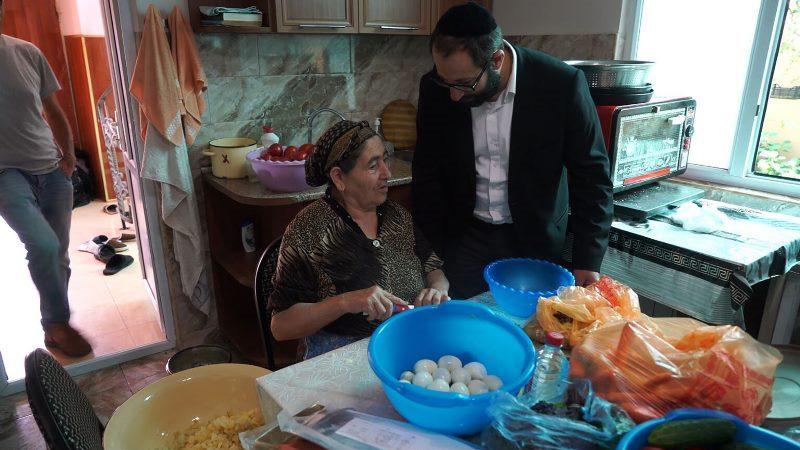 Los judíos de la ex Unión Soviética comen libras de Matzá por persona, la mayor cantidad en el mundo, cada año. Este es el por qué.