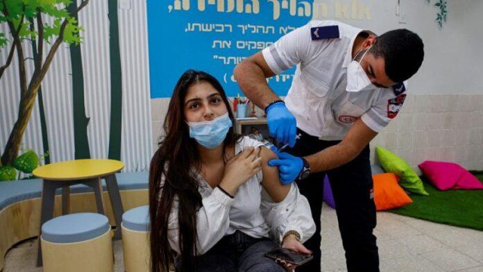 Israel comenzará a vacunar a adolescentes de 12 a 15 años la próxima semana