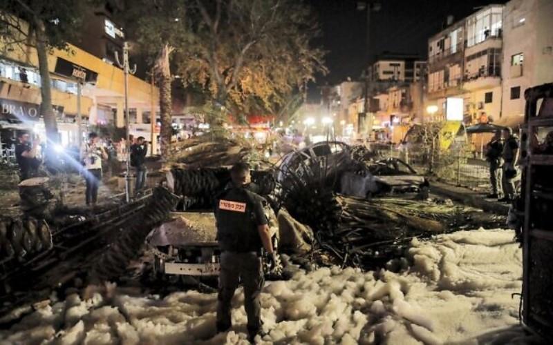 """Hamas celebra la """"victoria en la batalla por Jerusalén"""" después del ataque contra el centro de Israel"""