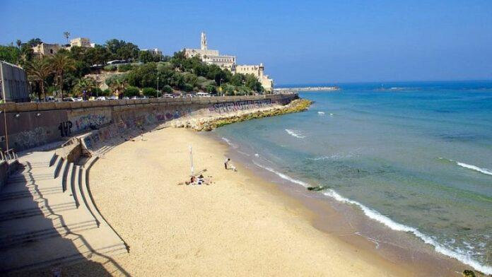 Los primeros turistas extranjeros llegan a Israel después de más de un año