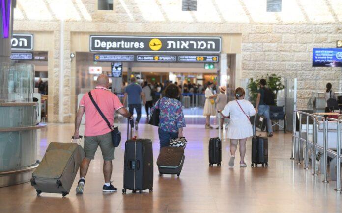 Israel impulsa las vacunas para los adolescentes mientras la variante Delta de rápida propagación aviva los temores