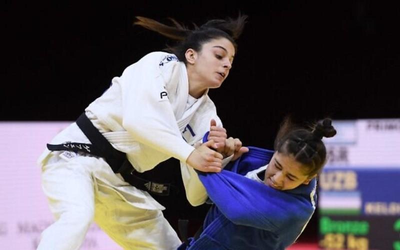 Gefen Primo de Israel gana la medalla de bronce en el Campeonato Mundial de Judo
