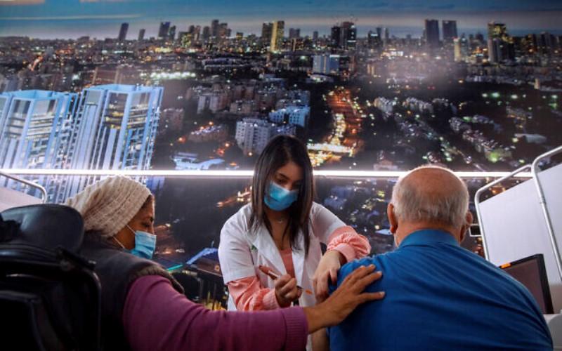 Un estudio israelí: La vacuna COVID es efectiva para el 90% de los pacientes con cáncer