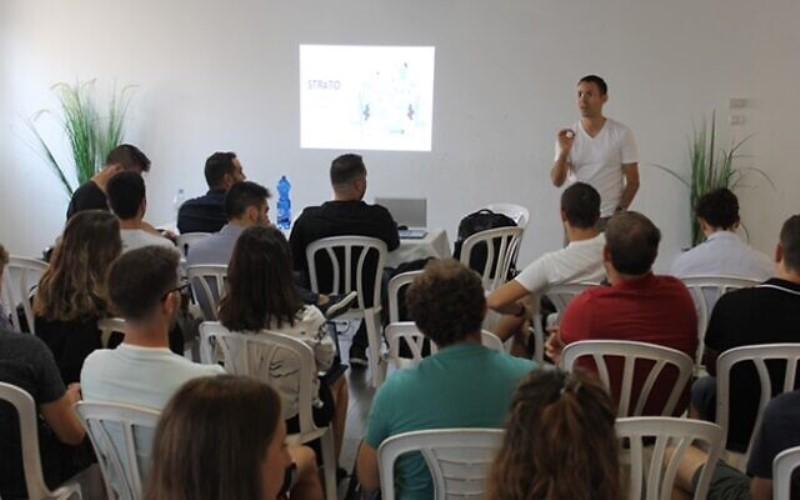 """Jóvenes latinoamericanos visitan Israel para participar del exitoso programa de """"alta tecnología"""""""