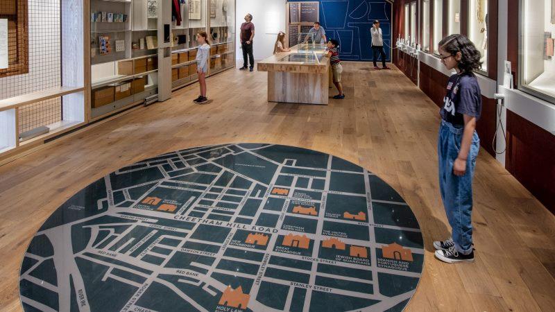 El renovado Museo Judío de Manchester celebra las raíces de la comunidad